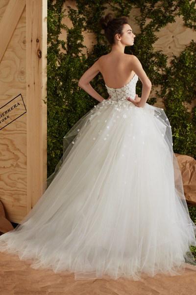 Blog-matrimonio_abiti-sposa-principessa_Carolina-Herrera_01