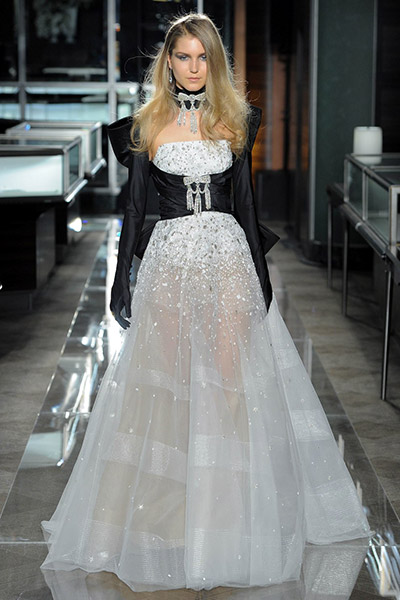blog-matrimonio_Mia-Sposa-Magazine_Tendenza-abito-sposa-black-white_06
