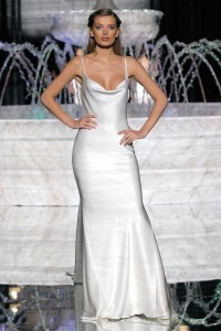 PRONOVIAS-FASHION-SHOW_Ribelia