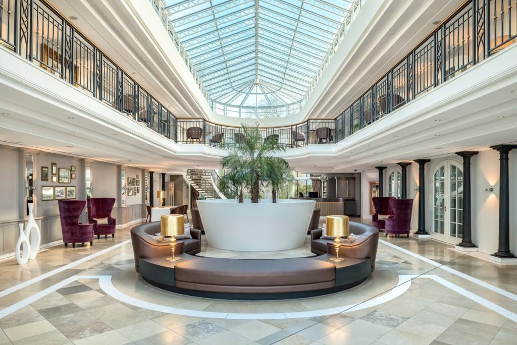 KHB_TCH-Binz-Atrium04_Foto-Pocha-Burwitz_credit_Travel_Charme_Hotels_und_Resorts-(3)